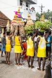 新闻纪录片的图象 社论 寺庙节日印度 免版税库存照片