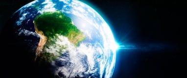 新绿色rainorests在南美洲从空间观看了 图库摄影