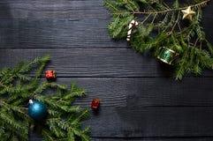 新年` s冷杉木的绿色分支 免版税库存照片
