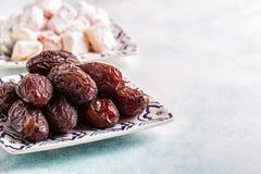 新Medjool日期 ramadan的kareem 免版税图库摄影
