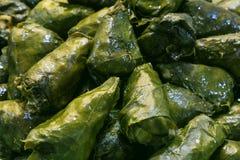 新sarmale,罗马尼亚和摩尔多瓦典型的食物 库存图片