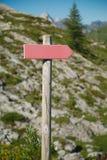 方向在足迹唱歌 库存图片