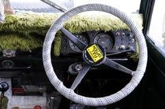 方向盘旅行吉普在Yala国家公园 库存照片