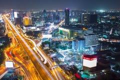 5方式交叉点Ladprao顶视图在曼谷商业区 免版税图库摄影