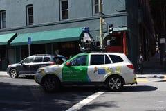 方式谷歌` s Streetview得到连续地完善的成象 免版税库存照片