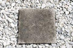 方形的垫脚石 免版税库存图片