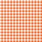 方格花布橙色白色 免版税库存照片