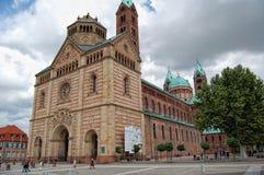 施派尔都市风景有它的历史街市和大教堂的 免版税库存图片
