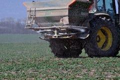 施肥fertilizers_14的春天 库存图片