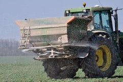 施肥fertilizers_13的春天 库存照片