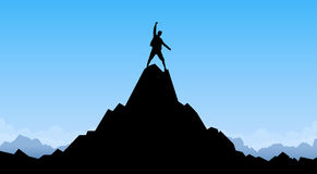 旅客人剪影立场上面山岩石峰顶登山人 免版税库存图片
