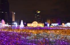 旅客参观气氛在泰国照明节日的2017年 库存图片