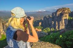 旅客妇女摄影师 图库摄影