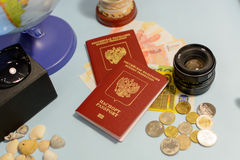 旅客` s辅助部件和项目,旅行概念 免版税库存图片
