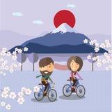 旅游乘驾在富士山日本的一辆自行车 库存照片