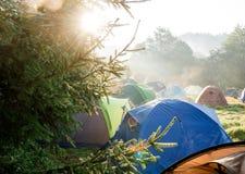 旅游帐篷阵营 免版税库存照片