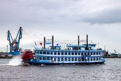 旅游明轮船路易斯安那星 免版税库存图片