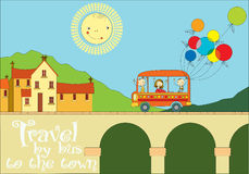 旅行乘对镇的公共汽车 库存图片