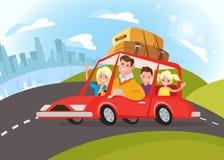 旅行乘汽车的愉快的家庭 免版税库存照片