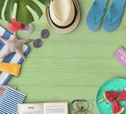 旅行假日假期夏天海岸海滩海概念 免版税库存图片