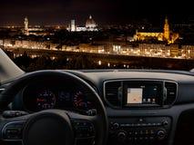 旅行到佛罗伦萨的汽车仪表板 免版税库存照片