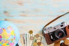 旅行包,夏天旅行计划的概念性图象 免版税图库摄影