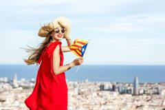 旅行在巴塞罗那的妇女 免版税库存图片