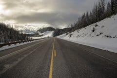 旅行在怀俄明向黄石国家公园 库存照片