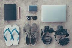 旅行必要的设备 免版税图库摄影