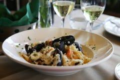 旅行意大利:午餐的可口意大利煨饭 图库摄影