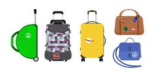 旅行旅游业时尚行李或行李假期把柄皮革大包装公文包和远航目的地装入袋子 库存照片