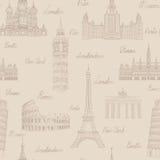 旅行无缝的样式 在欧洲墙纸的假期 背景旅行的袋子护照白色 图库摄影