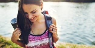 旅行癖鸽子旅客生活方式自然旅行概念 免版税库存照片