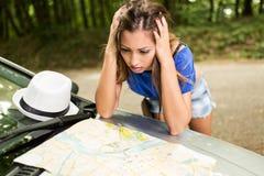 旅行的失去的女孩 库存图片