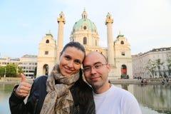 旅行的旅游夫妇维也纳 免版税库存图片