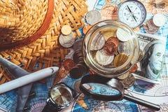 旅行的概念的挽救金钱 免版税库存照片