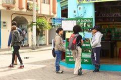旅行社在Banos,厄瓜多尔 免版税库存照片