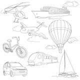 旅行设置与汽车,空气球,船,自行车 免版税库存照片