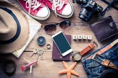 旅行辅助部件打扮旅行的费用 免版税库存图片