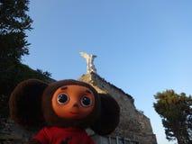 旅行通过西班牙和Cheburashka 库存图片