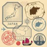 旅行邮票设置了与文本亚洲,日本,中国,做在奇恩角 向量例证