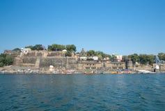 旅行马赫斯赫瓦尔印度美丽的堡垒和ghat  免版税库存照片