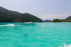 旅行:- Phang Nga,泰国,素林海岛作为在海的秀丽以为特色的旅游目的地 库存照片