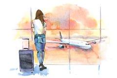 旅行 妇女旅客在看航空器的机场通过玻璃窗 女孩旅游等待的飞机离开 库存例证