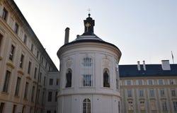 旅途通过美丽的布拉格,捷克,秋天,10月 免版税库存图片