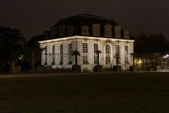 旅馆加百利,洛里昂,法国夜视图  库存照片