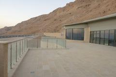 旅馆在山的公园Massada在死海附近在南以色列 免版税库存图片