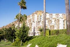 旅馆外部 有木阳台的土耳其旅馆 库存照片