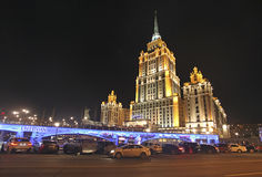 旅馆拉迪森乌克兰,七个姐妹天空刮板在莫斯科 库存图片