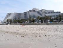 旅馆海边 免版税库存照片